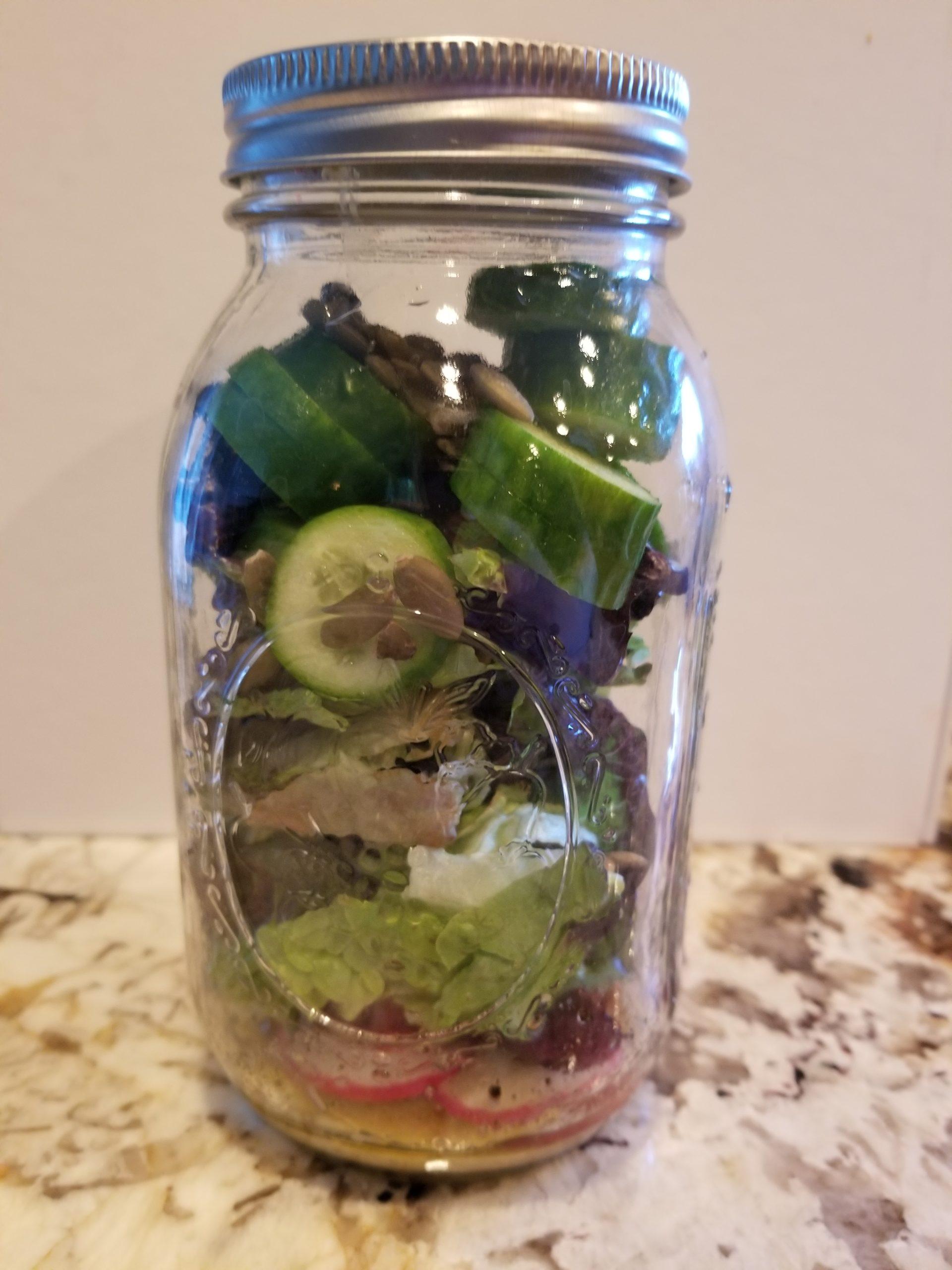 Mason Jar Salad for healthier eating based on TCM Diagnostic Pattern